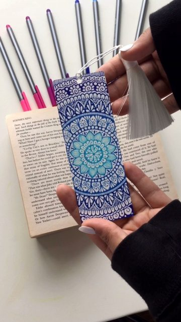 Double-sided bookmark